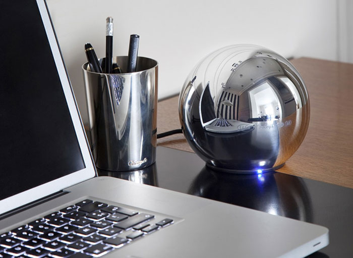 cool office gadgets for your desk 84 examples rh designyourway net cool computer desk gadgets coolest desk gadgets 2018