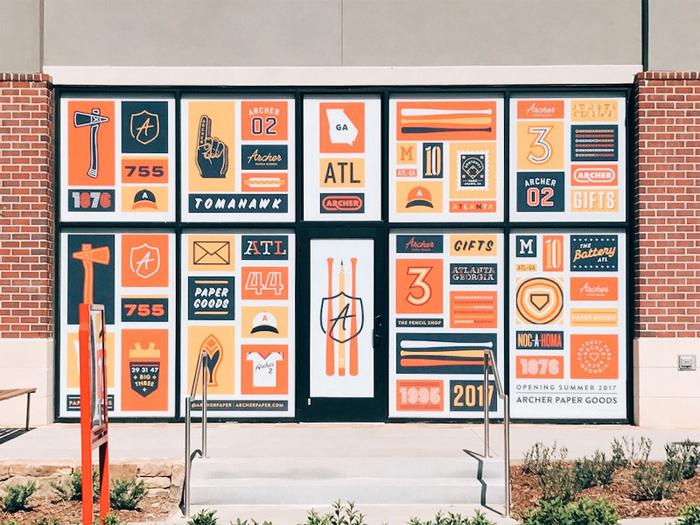 graphic designer salary junior senior and the average annual one