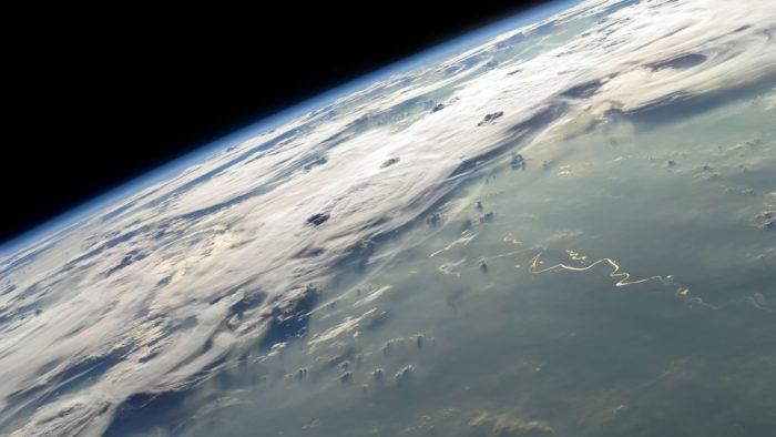 Earth_Horizon_38-700x394 4K Wallpapers for Your Desktop Background