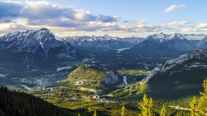 Sulphur Mountain Canada 4K Ultra HD Desktop Wallpaper