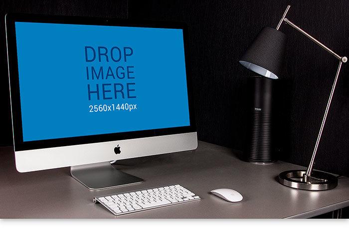 f3d7cb42216001.5990465f553dc-700x465 iMac Mockup Collection: Free and Premium Computer Mockups (PSD)
