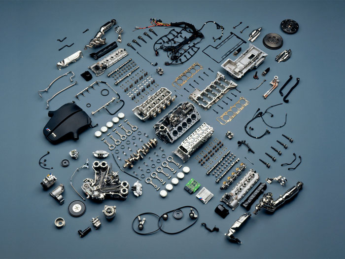Composition Knolling photography what it is and great examples to inspire you
