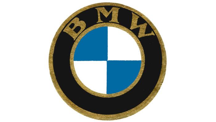 BMW-logo-1933-700x394 Logo BMW có ý nghĩa và cách nó được thay đổi một chút qua các năm