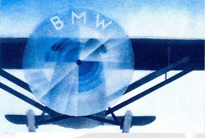 bmw-airscrew-700x474 Logo BMW có ý nghĩa như thế nào và nó đã được thay đổi một chút trong những năm qua