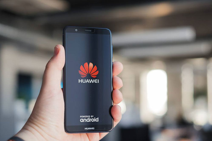 customer-1-700x467 The Huawei logo and what the symbol means