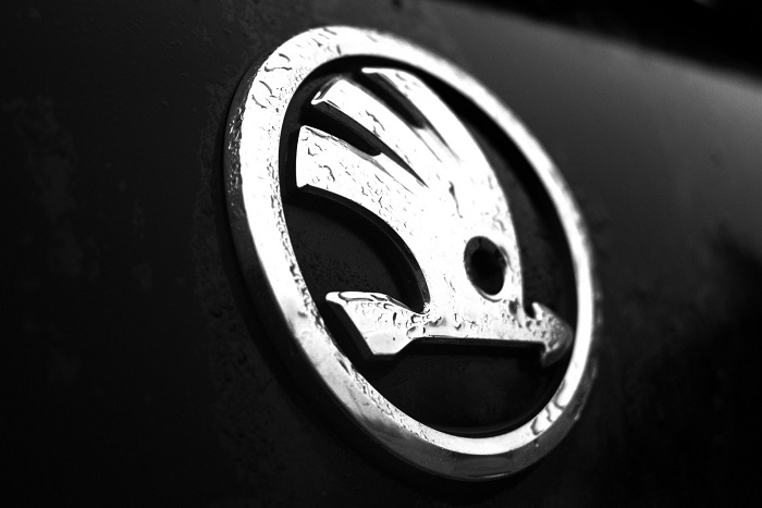 s2-8 The Skoda logo and how it changed over the years