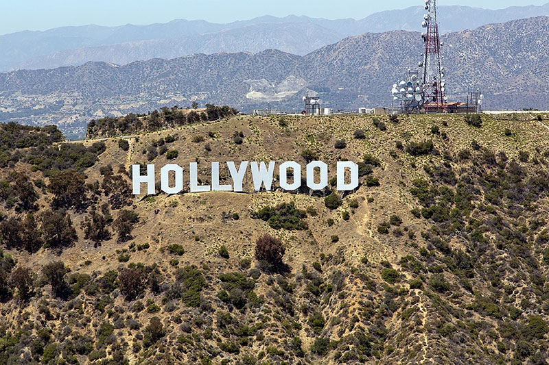 Hollywood-Hills-wallpaper-The-look-of-the-famous Cool Los Angeles wallpaper options to put on your desktop background