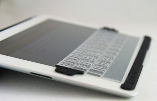 Physical keyboard for iPad