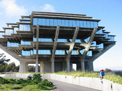 UCSD Geisel Library - San Diego, USA architecture