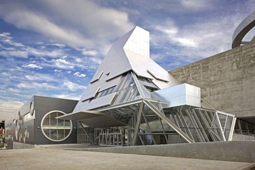 Coop Himmelb(l)au High School - Los Angeles, USA architecture