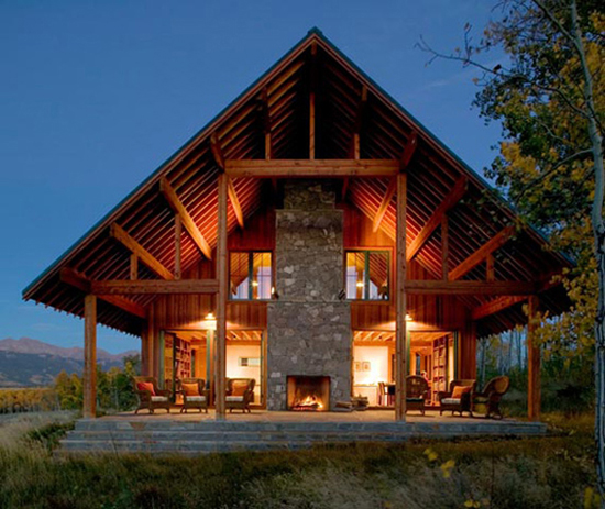 25 eco friendly houses made with natural materials for Large ranch style house plans
