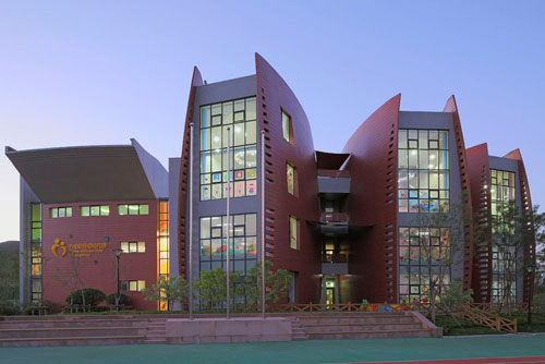 Dalian School in Dalian, China 3  Educational Buildings Architecture Inspiration