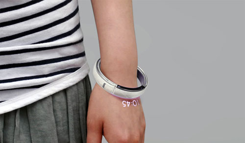 Phone bracelet
