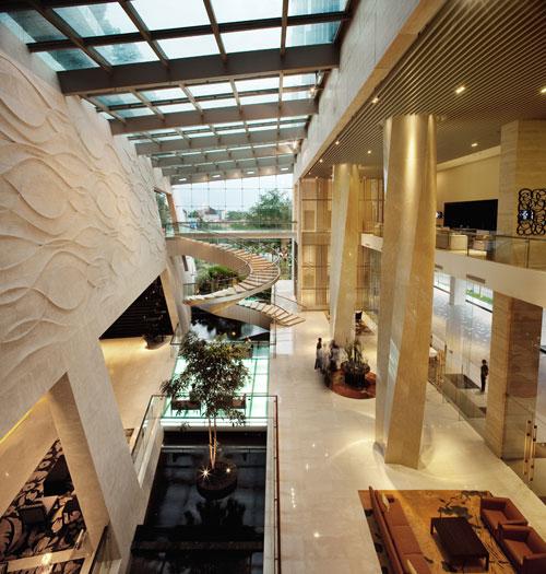 Bandung Hilton in Bandung, Indonesia 3 - Inspiring Hotels Architecture