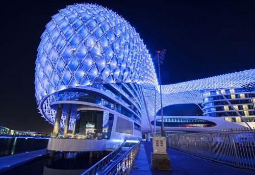 The Yas Hotel in Abu Dhabi, UAE 2 - Inspiring Hotels Architecture