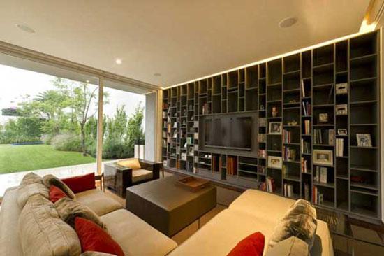 AE 4 Luxurious House
