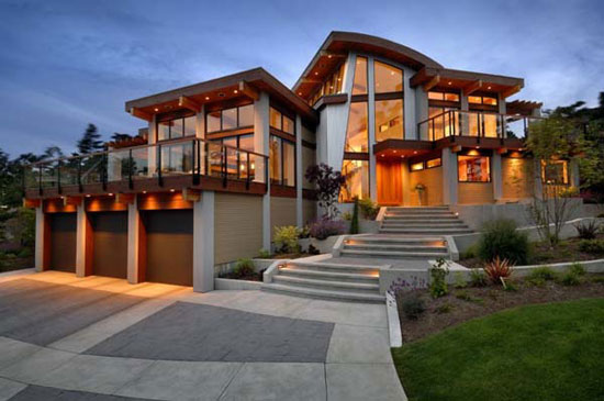 Armada Luxurious House
