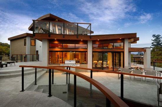 Armada 2 Luxurious House