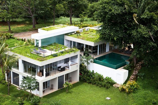 Black Beauty Tierra Villa 1 Luxurious House