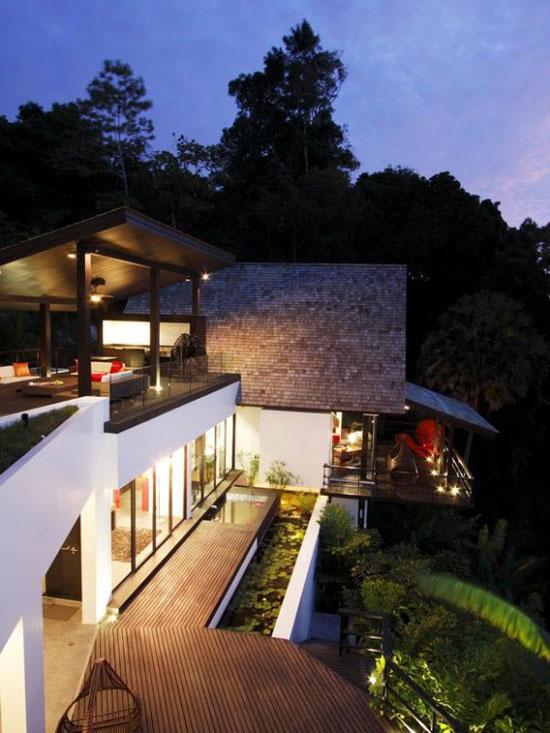 House by Charupan Wiriyawiwatt 2 Luxurious