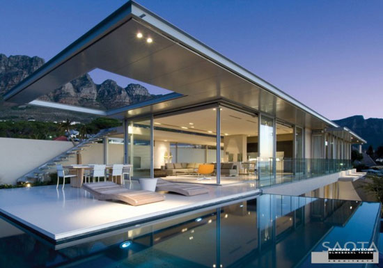 Stefan Antoni Architects 1 Luxurious House