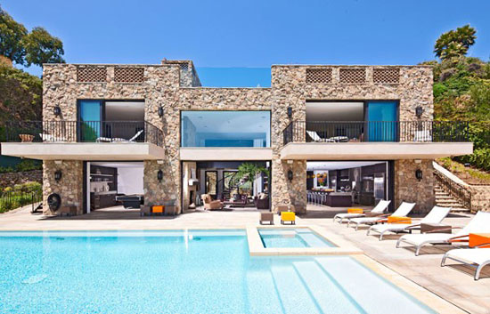 House in Malibu 1 Luxurious