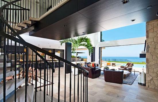 House in Malibu 2 Luxurious
