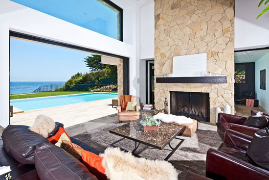 House in Malibu 5 Luxurious