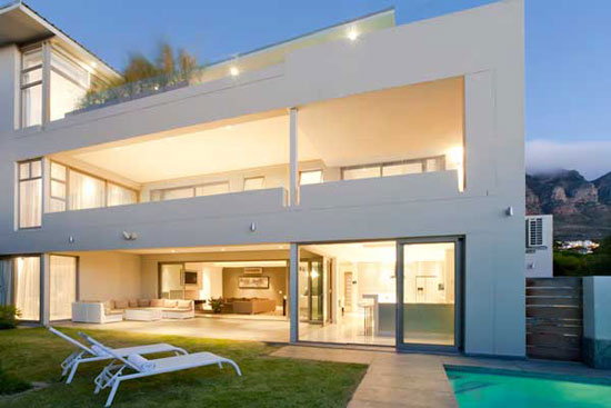 Villa in Camps Bay 2 Luxurious House