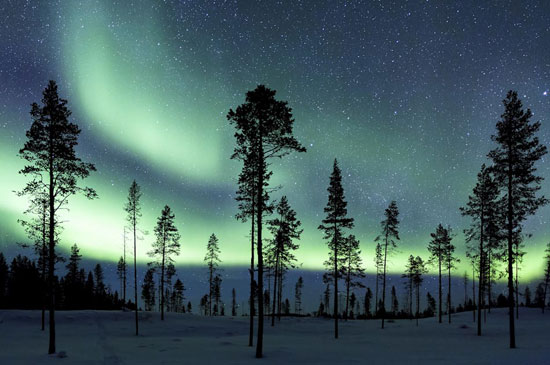 Auroral Glow Photography