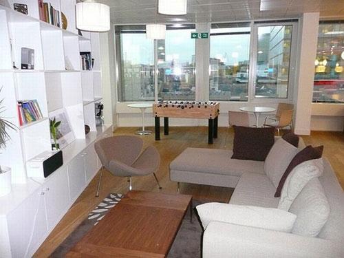Skype office -  workplace 3