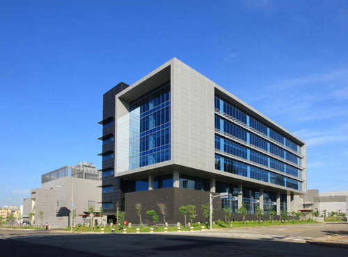 Nice and efficient office buildings architecture 26 examples for Construction architect