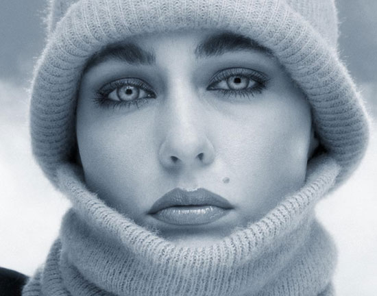 Sleepy Winter Eyes Portrait Photography Inspiration