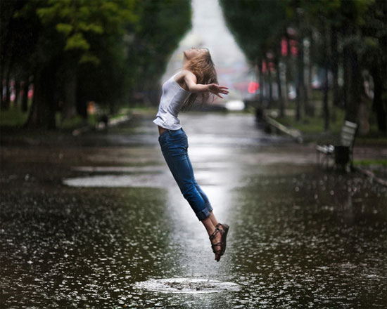 I like jumping in the rain Photography