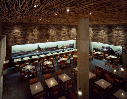 Pio Pio Restaurant in New York, USA - Restaurants And Coffee Shops With Beautiful Interior Design