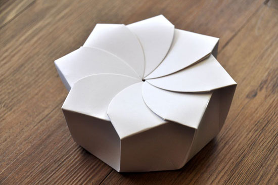 Sustainable Origami Food Box Package Design Inspiration