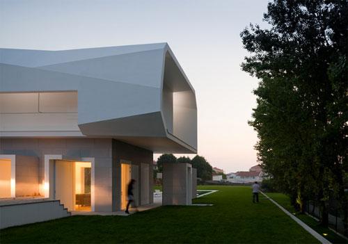 Casa Fez in Portugal 2 architecture and interior design