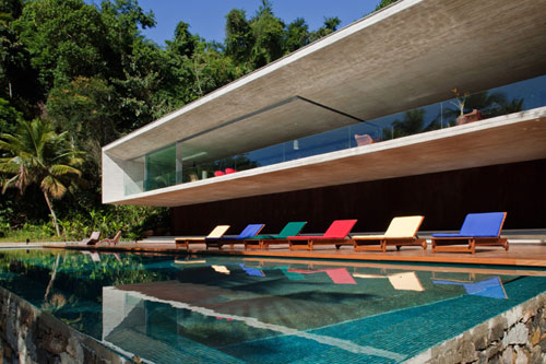 Houses With Superb Architecture And Interior Design Photos