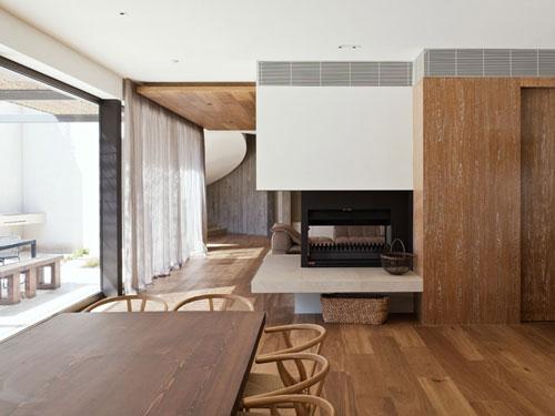 Yarra House in Melbourne 2 architecture and interior design