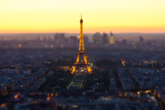 Toy Eiffel Tower - A Beautiful Miniaturized World Captured By Tilt Shift Photography