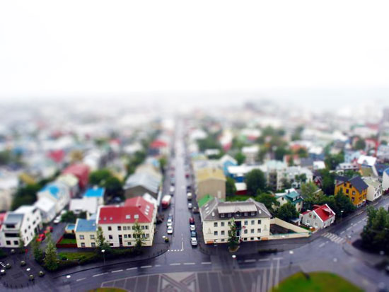 Fake-javik - A Beautiful Miniaturized World Captured By Tilt Shift Photography