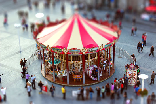 Carousel - A Beautiful Miniaturized World Captured By Tilt Shift Photography