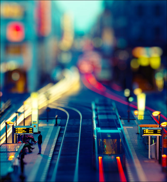 Minimalist Rush Hour - A Beautiful Miniaturized World Captured By Tilt Shift Photography