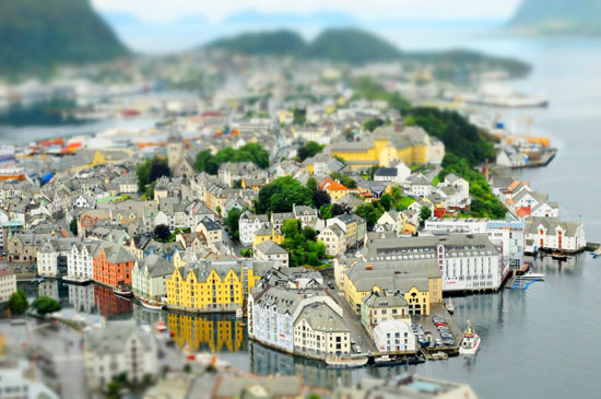 Ålesund - A Beautiful Miniaturized World Captured By Tilt Shift Photography