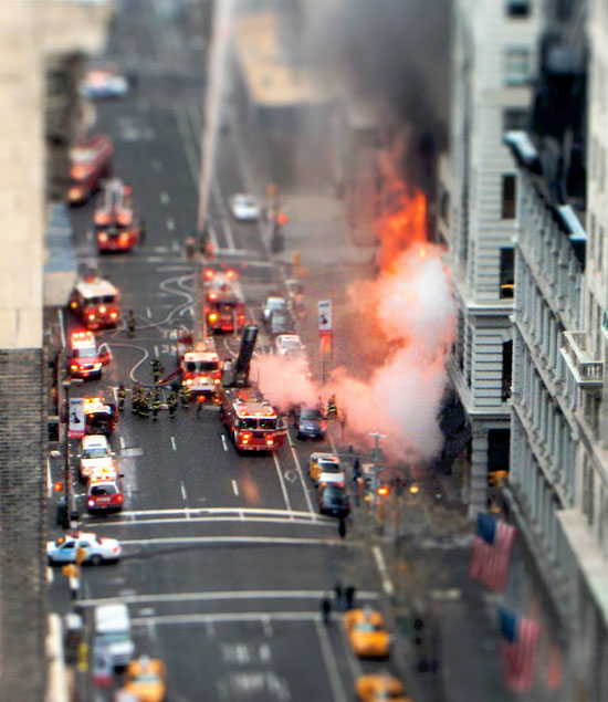 There are no mini disasters - A Beautiful Miniaturized World Captured By Tilt Shift Photography