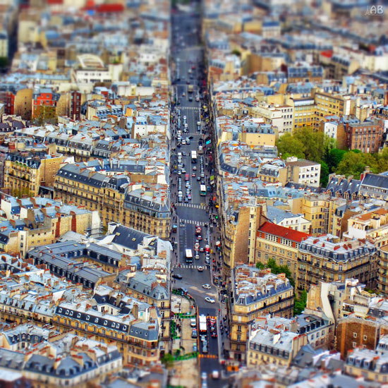 Paris - A Beautiful Miniaturized World Captured By Tilt Shift Photography