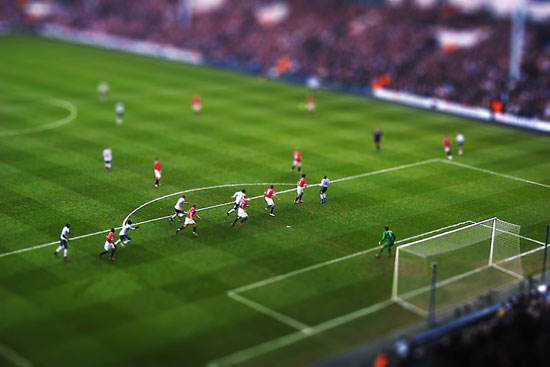 Football Miniature Tottenham - Manchester United - A Beautiful Miniaturized World Captured By Tilt Shift Photography