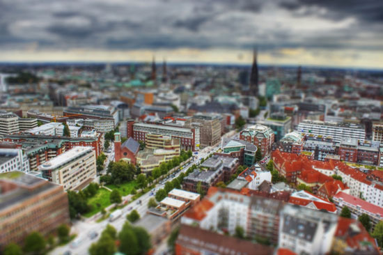 Hamburg - A Beautiful Miniaturized World Captured By Tilt Shift Photography