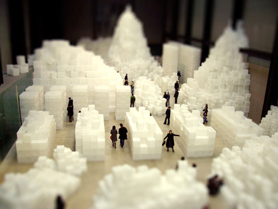 miniature tate modern - A Beautiful Miniaturized World Captured By Tilt Shift Photography