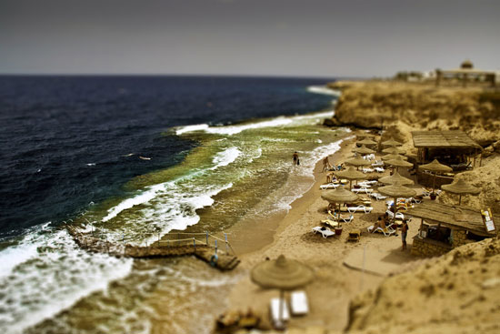 toy beach - A Beautiful Miniaturized World Captured By Tilt Shift Photography